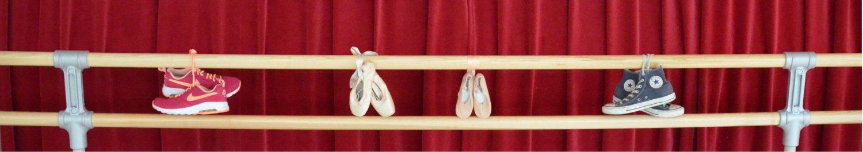 Ballettstange mit Tanzschuhen