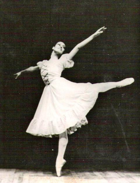Maria Rodriguez Tanzfigur